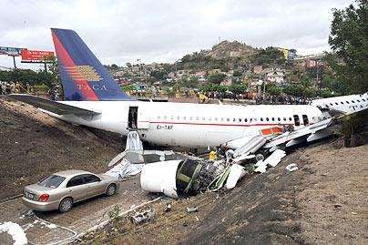 Plane Crashes Wallpapers, Plane Crash Pics,Plane Crashes Pics, Plane Crashes  Images, Plane Crashes Unbelievable Wallpapers,Plane Crashes Pics For Mobile  ...