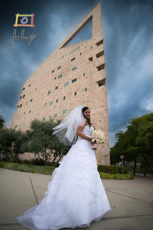 Kimberly posing in front of the CalPoly Pomona's famous landmark Pomona Tower.