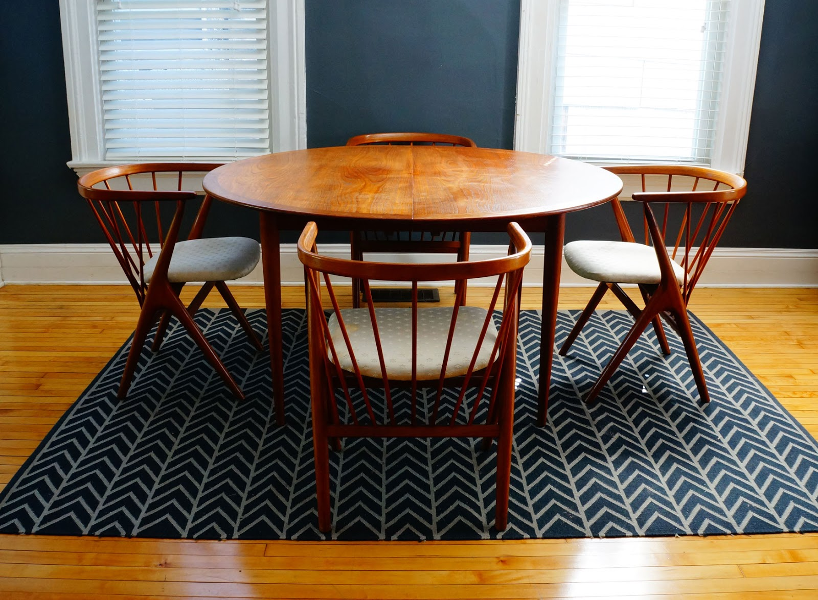 Str8mcm danish modern dining set for Modern dining t