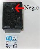 Этикетка картриджа и отверстие для ввода чернил