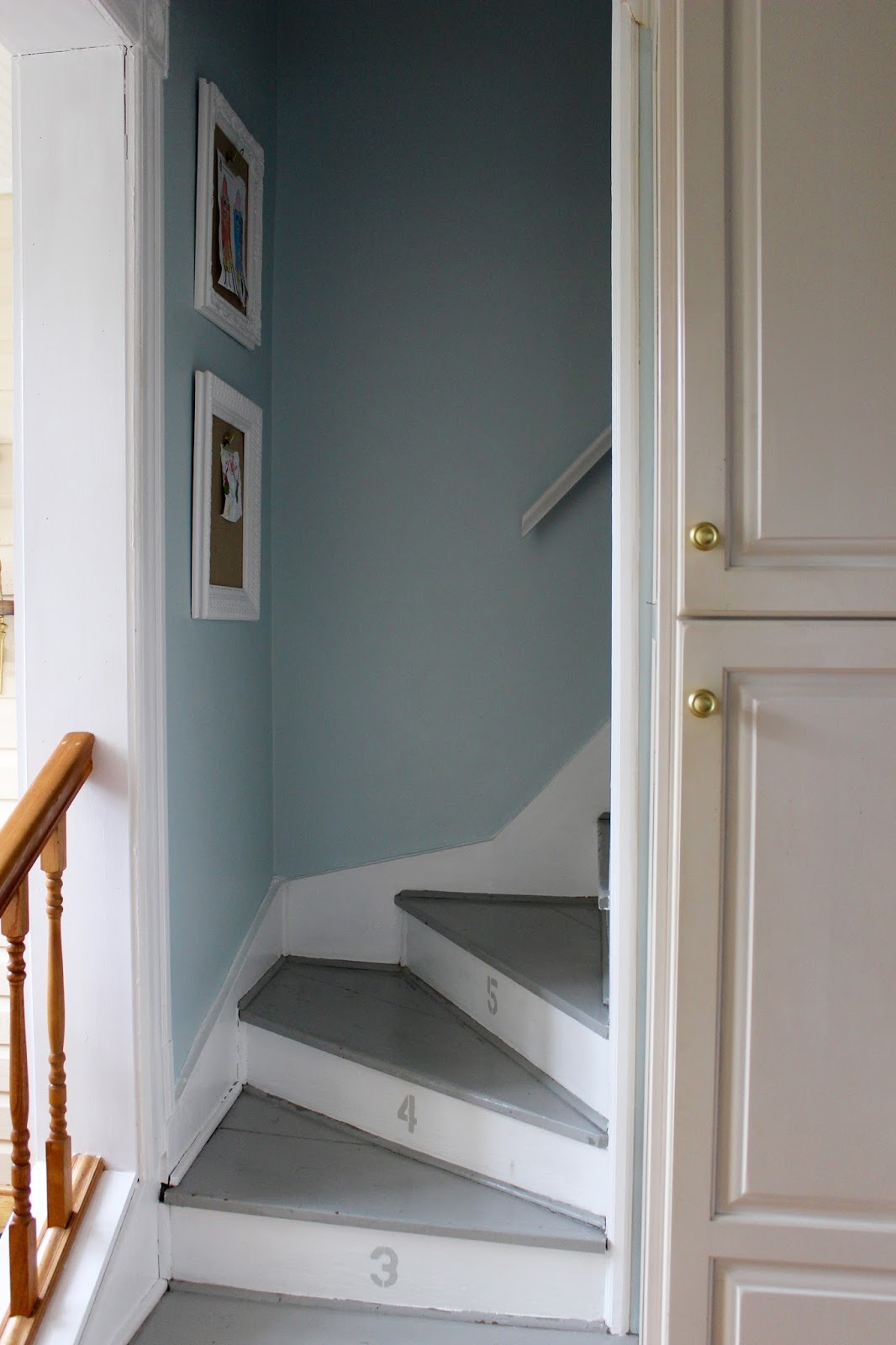 Bon Growing Up, My House Had Two Staircases, And My Parents Loved It: My Sister  And I Could Access Our Bedrooms Without Having To Traipse Up The Front  Stairs ...