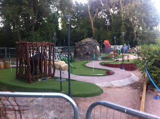 Photo of the Jungle Adventure Mini Golf course at Hersham Golf Club in Walton on Thames, Surrey by Oliver Florence