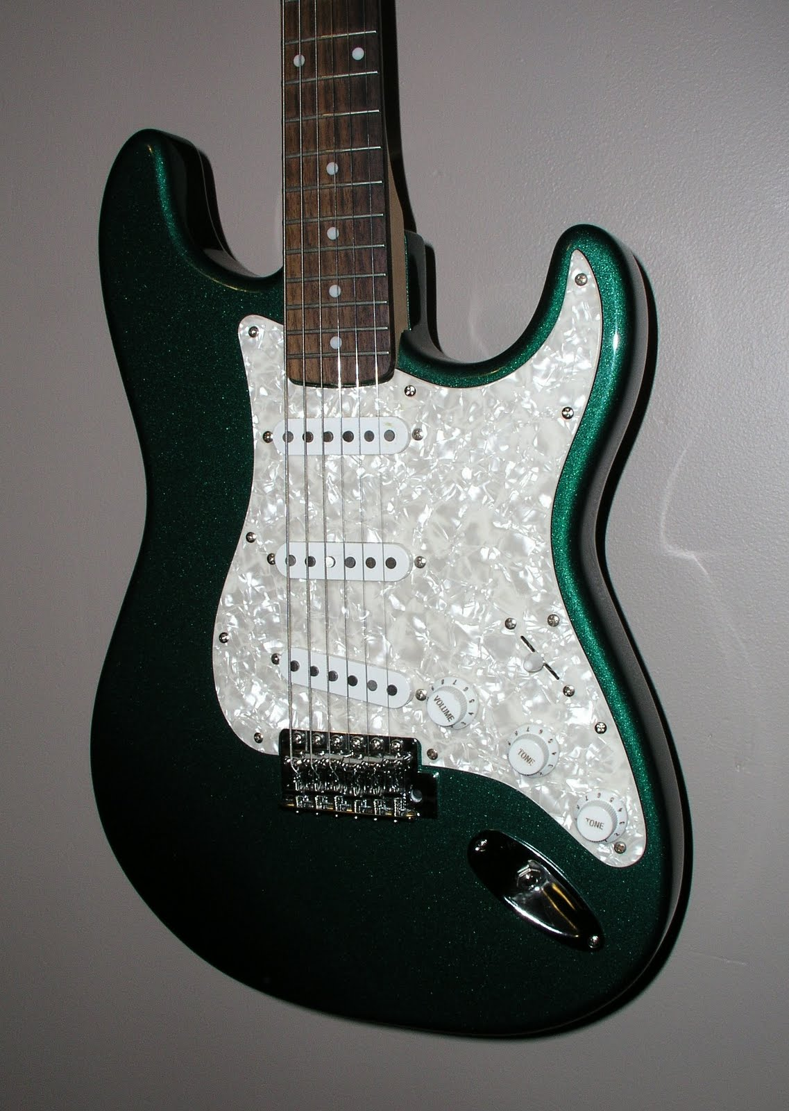 The Guitar Rescue Project Wiring Diagram Further Fender Squier Bullet Strat One Of Parts Projects That I Picked Up Was A Standard Body In Metallic Green Still Had Great Set Pickups Floating Around