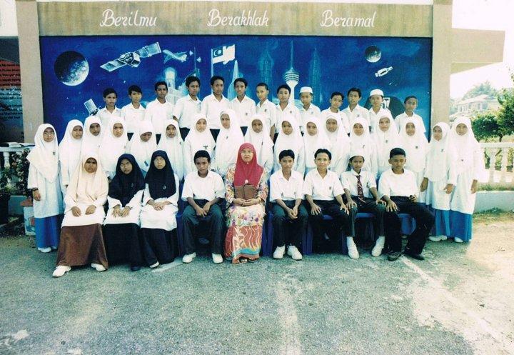 Form 1 ARIF 1998 SMK Beserah