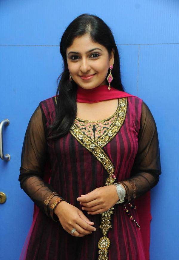 Indian tamil actress monica - 1 5