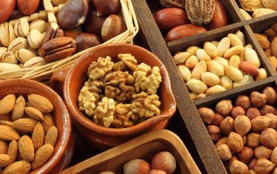 Nuts - 5 Best Substitutes of Meat