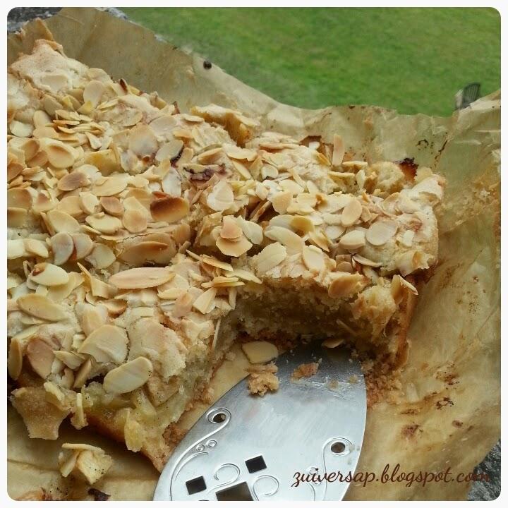 Dichte appeltaart met vanille en amandelen