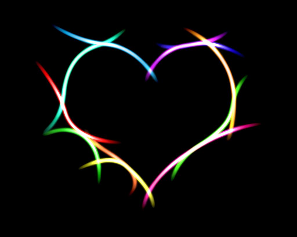 http://3.bp.blogspot.com/-hZSs-ivYDR8/To4YOeXaNxI/AAAAAAAAAGw/LF90pFTa6_k/s1600/heart-black-background-love-31000.jpg