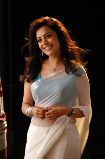 Nisha-Agarwal-Solo-Movie-Stills-CF-03.jpg