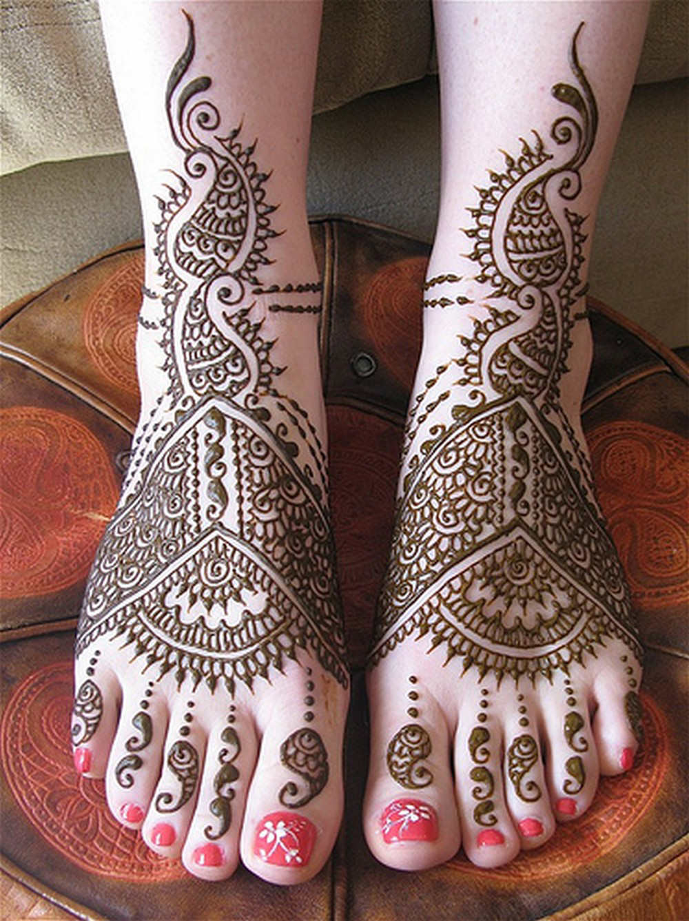 Mehndi Bridal Latest Design : Latest mehndi design bridal designs
