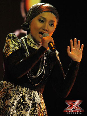 Download Lagu Fatin Shidqia Lubis - Girls On Fire (Alicia Keys) (X
