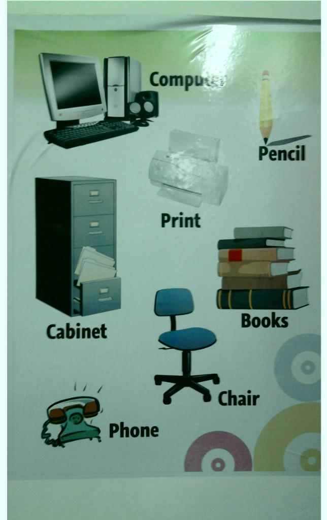 Linda elementos de oficina y descripci n de monter a for Elementos para oficina