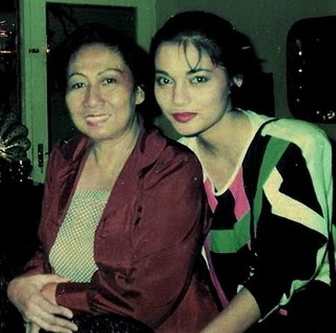 Ibu Yuya dan Marissa Haque Istri Ikang Fawzi Menantunya