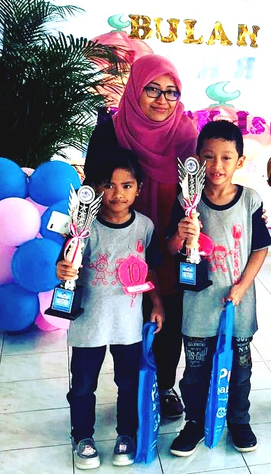 Proud Teacher of Rizki (5th place Winner) & Rachel (6th place Winner) in IT Competition 2017