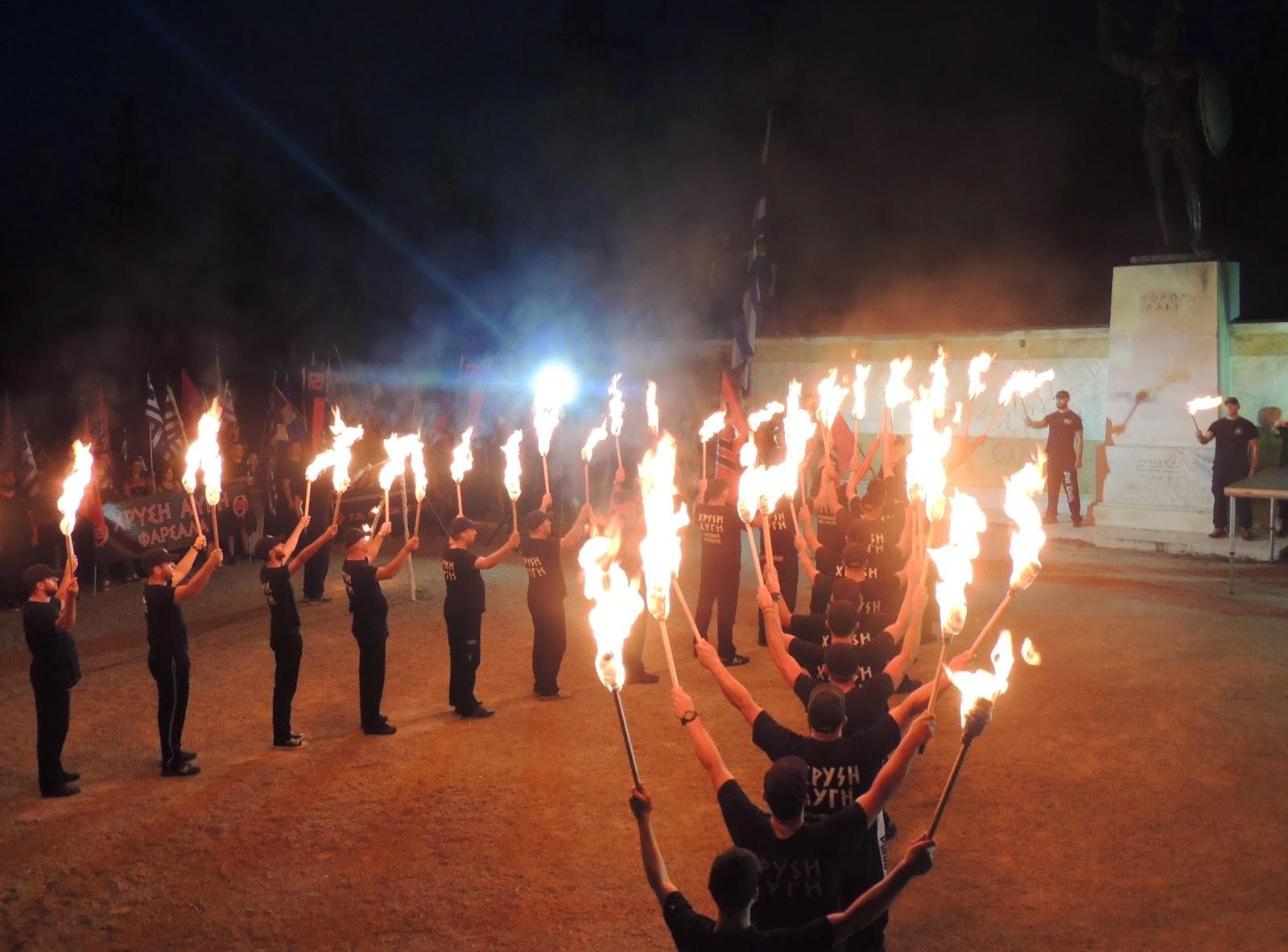 Χιλιάδες Έλληνες τίμησαν τον Βασιλιά Λεωνίδα και τους Αθανάτους υπερασπιστές των Θερμοπυλών - Φωτορεπορτάζ
