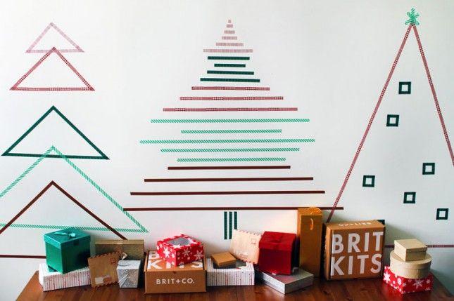 árvore de natal para fazer com fitas coladas na parede