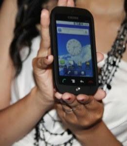 Ponsel layar sentuh Harga Cross AD 350 Touchscreen Harga Spesifikasi