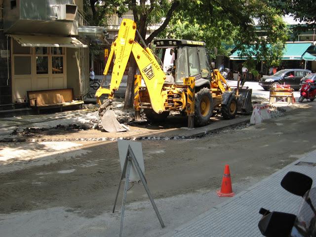 Άφωνοι οι Εδεσσαίοι για προέκταση πεζοδρομίου μπροστά από κεντρική καφετέρια
