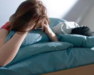 وصفات بسيطه  وطبيعية تساعدك على النوم وتخلصك من الأرق والتوتر