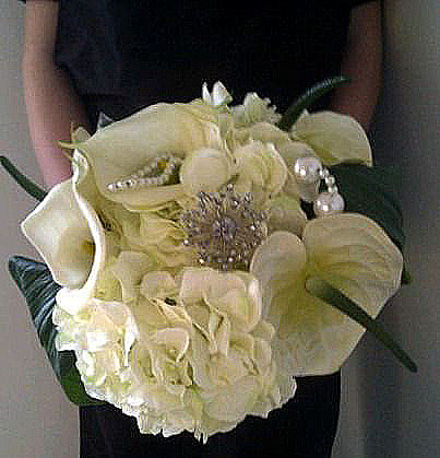 Supplier spotlight an alternative to fresh wedding flowers so im delighted to introduce to you dionne who makes bouquets and buttonholes with silk flowers mightylinksfo