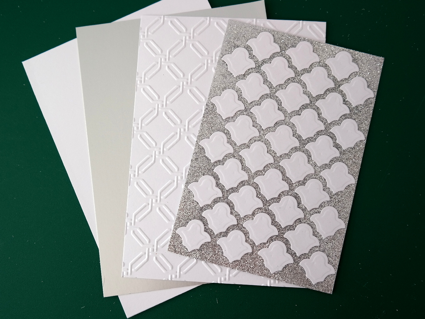 how to cut plastic lattice panels