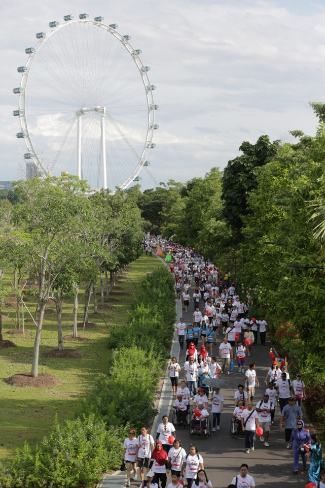 Sights & sounds of the SG50 Jubilee Big Walk