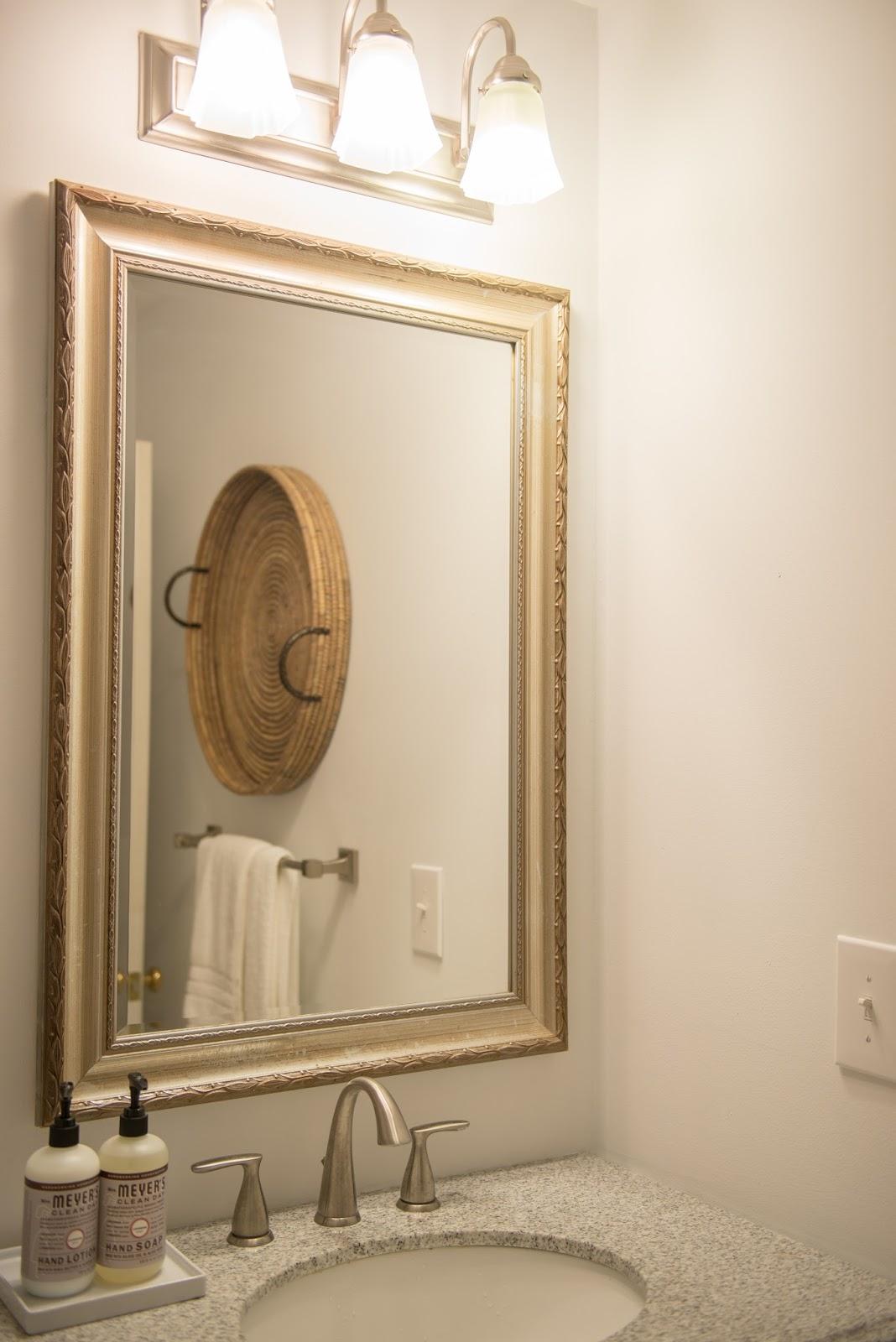 Used bathroom fixtures