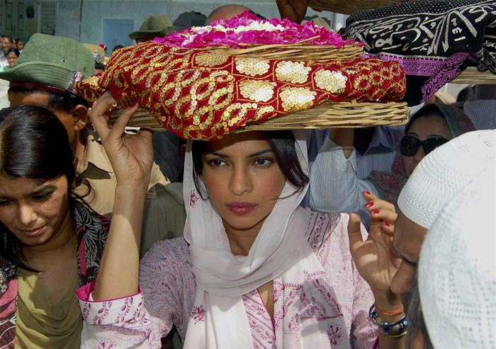 Priyanka Chopra at Ajmer Sharif