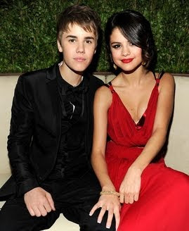 Justin Bieber, Selena Gomez make first public appearance as couple
