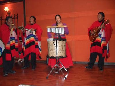 Espectáculo Folklórico, restaurante La Catedral, Puno