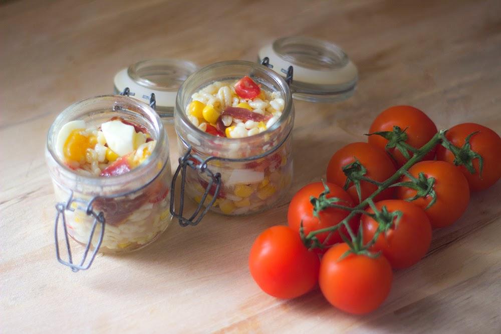 http://danslacuisinedecharlottine.blogspot.fr/2015/04/verrine-facon-salade-de-ble-au-magret.html