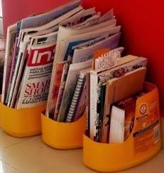 http://www.aprenderahacer.com/como-hacer-revisteros-reciclados/