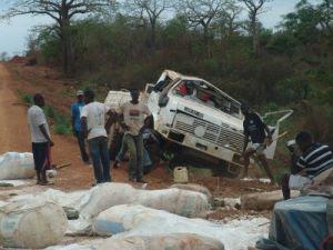 Angola: MAIS DE 70 MORTOS EM ACIDENTES DE VIAÇÃO NUMA SEMANA