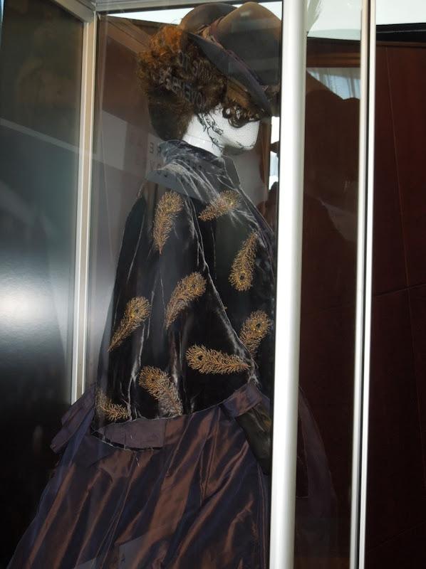 Keira Knightley Anna Karenina costume