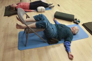 Nesteroidnyy el preparado antiinflamatorio para el tratamiento del dolor en la espalda