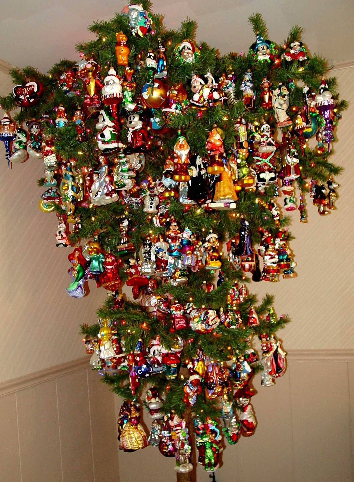 Meaning Of An Upside Down Christmas Tree Part - 49: And Of Course Thereu0027s Christmas Music Everywhere! Iu0027ve Never Quite  Understood Why Annoying Seasonal Jingles Have To Be Played From Early  December Onwards.