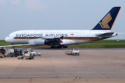 SINGAPORE AIRLINES A380800. Photo: Luengo Germinal le 952010 à CDG. (singapore airlines )