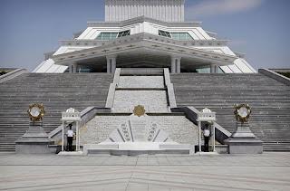 Monumen Konstitusi