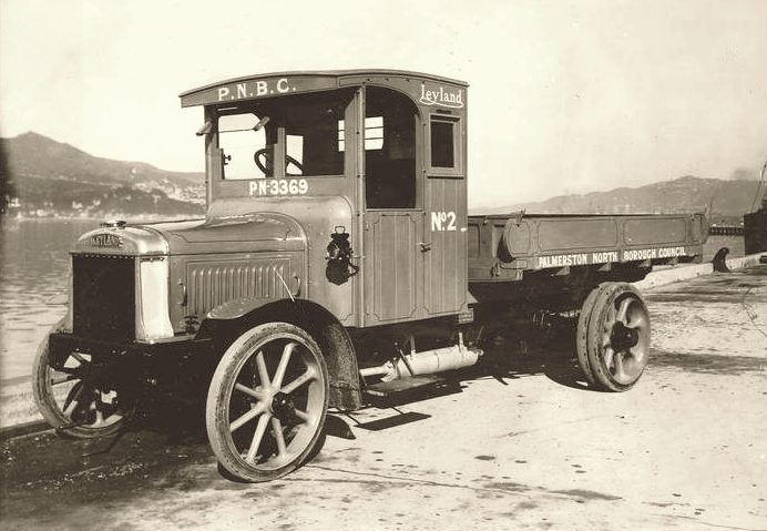Transpress Nz Early Leyland Tip Truck 1910s