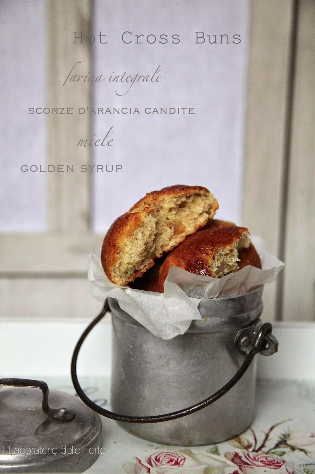 hot cross buns a modo mio ( panini dolci al miele, arancia candita con farina integrale )