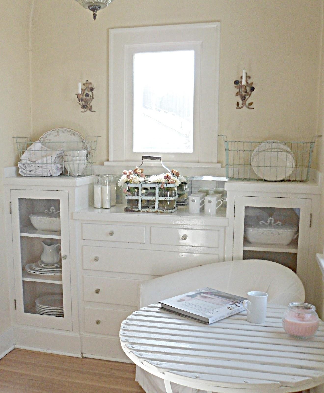 Shabby french for me my kitchen nook - Kitchen nooks ...