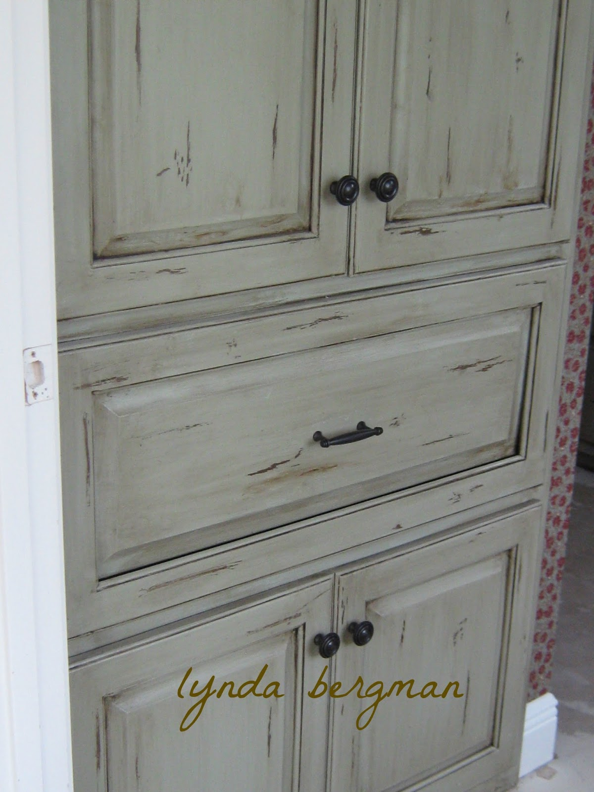 White Wash Painting Cabinets