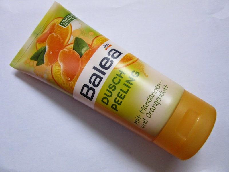 Balea: sprchovací peeling s vôňou mandarínky a pomaranča pohľad zpredu