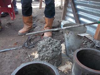 http://www.jasasipil.com/2015/10/cara-uji-slump-pada-beton.html