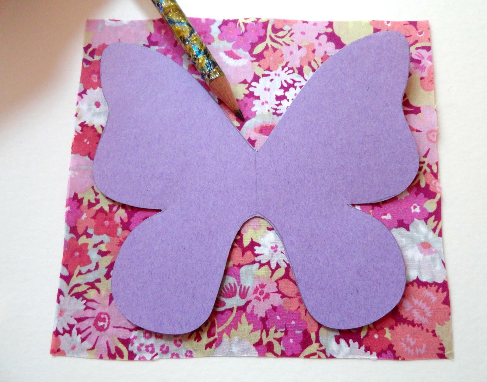 Libertylle papillon vole tuto et patron inside - Comment faire un noeud papillon en tissu ...