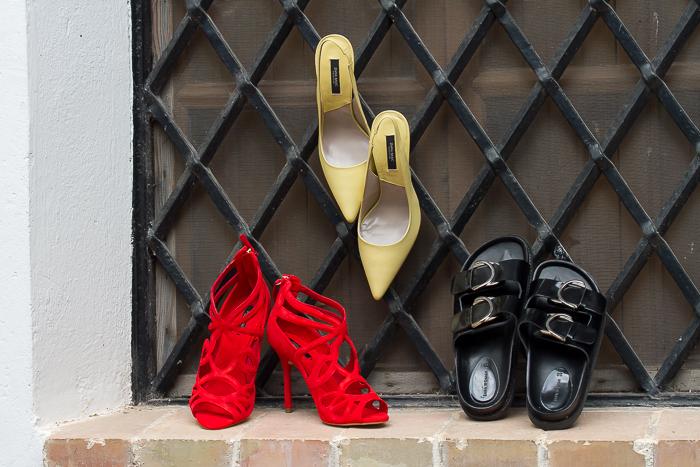 Sandalias BIO, salones destalonados y sandalias abotinadas rojas