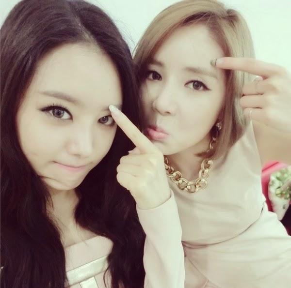 Dua Anggota Girlgroup SECRET ini Pamer!