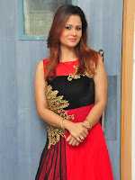 Shilpa Chakravarthy New glam pics-cover-photo