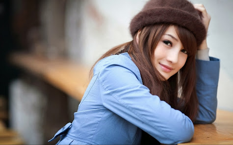 Beautiful brunette girl cute smile hd wallpaper