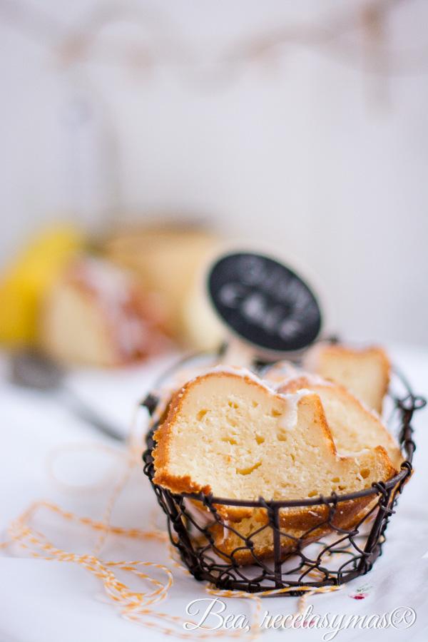 Coconut and Lemon Quark Cheese Bundt Cake